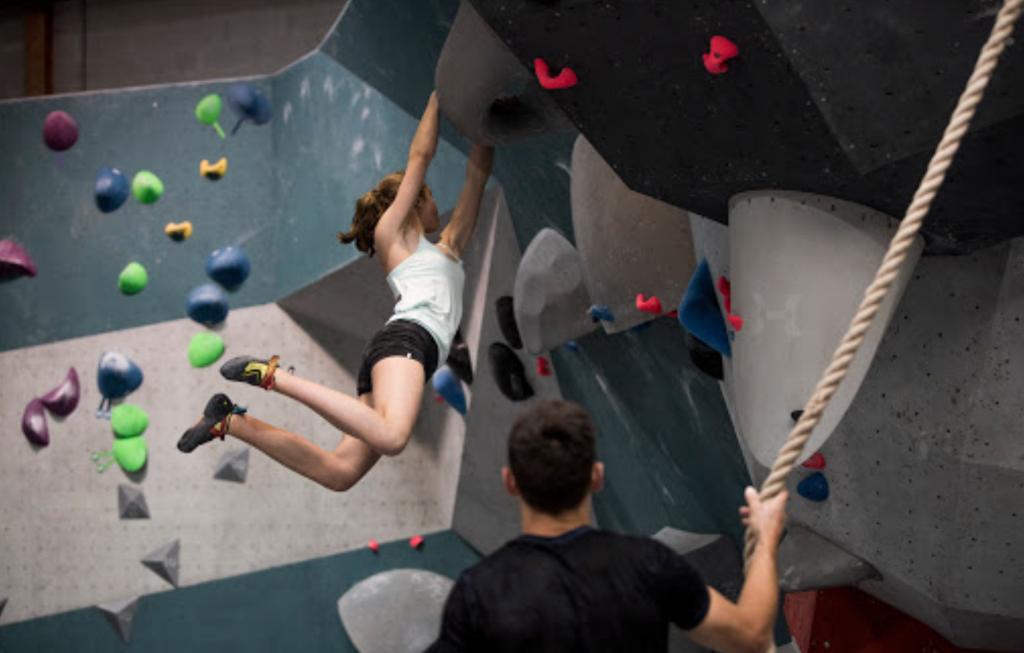 vertical art nantes salle escalade