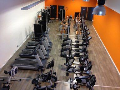 salle de sport orange bleue concarneau