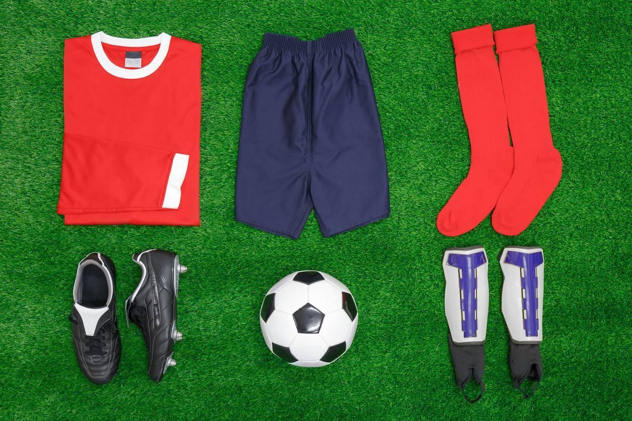 chaussettes publicitaires et autres tenues de foot
