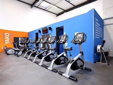 salle de sport orange bleue saint-priest