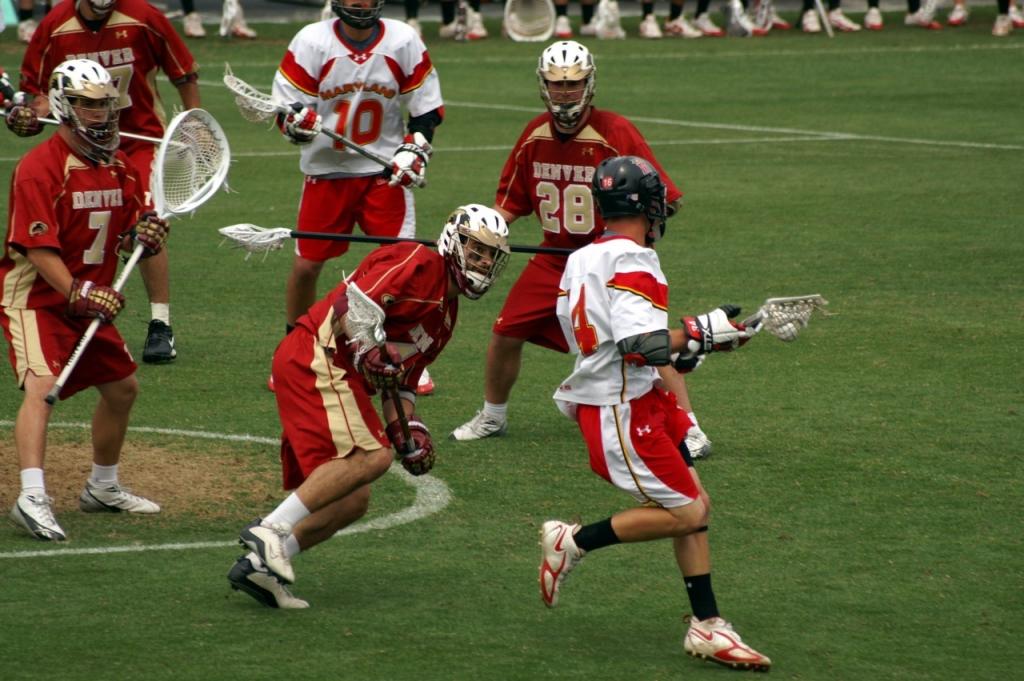 Le Lacrosse, un sport en L