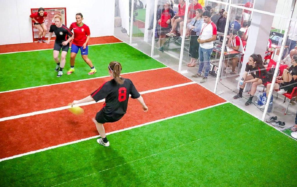 jorkyball, sport en J